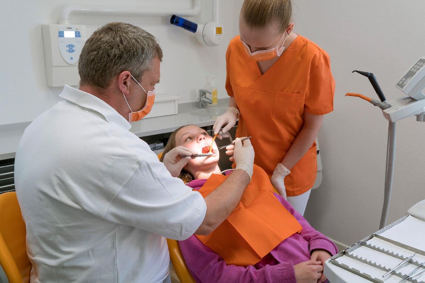 Dr. Votsmeier | Behandlung